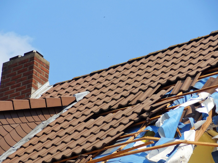 Can You Sell Your House If It Needs A New Roof larger