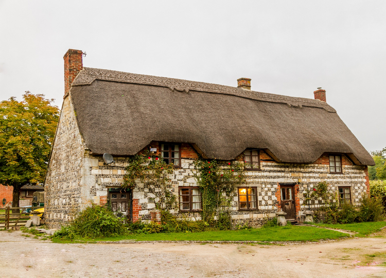 Can you get a mortgage on a thatched cottage