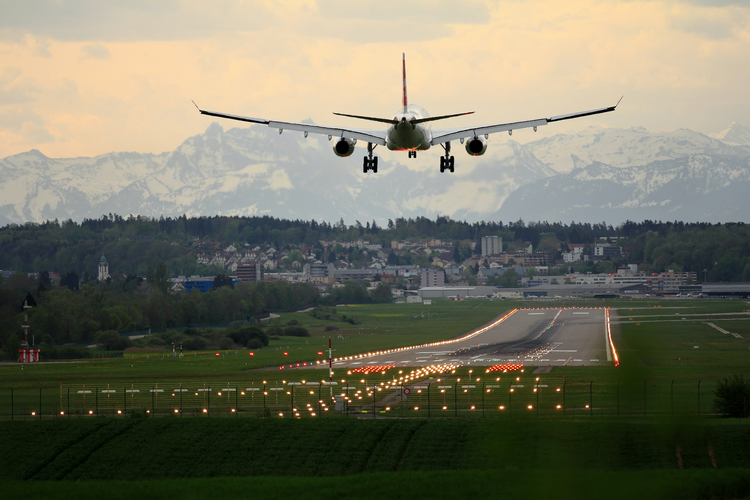 Should You Buy A House Near Airport - Effects On House Prices