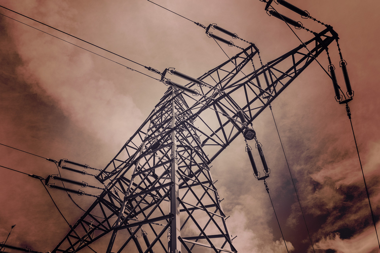 Should You Buy A House Near Power Lines