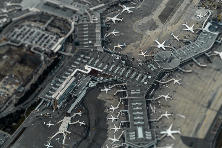 What are the pros and cons of living near an airport